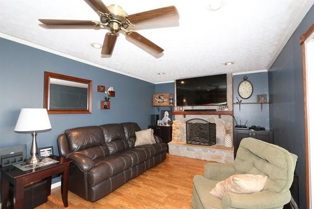 685 Hile Ln , Englewood, OH - USA (photo 5)