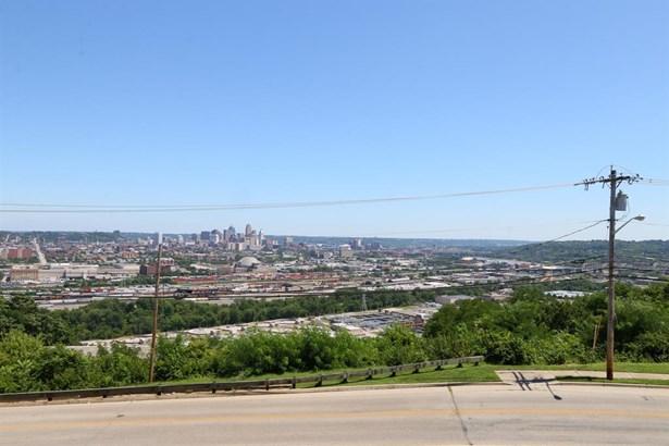 2680 Lehman Rd  308, Cincinnati, OH - USA (photo 4)