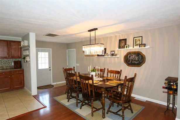 5216 Pinecrest Dr , Morrow, OH - USA (photo 5)
