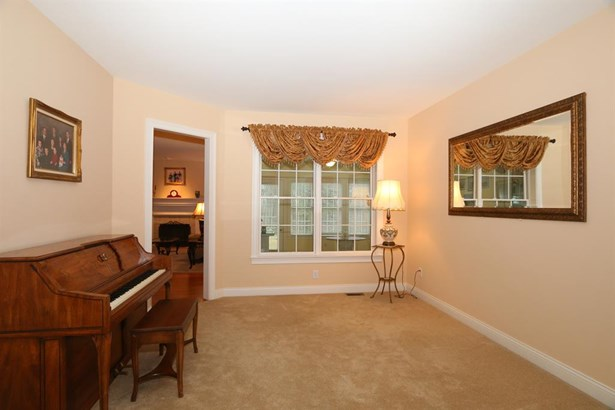 1423 Grand Oaks Dr , Anderson, OH - USA (photo 5)
