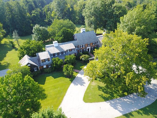 9655 Cunningham Rd , Indian Hill, OH - USA (photo 1)