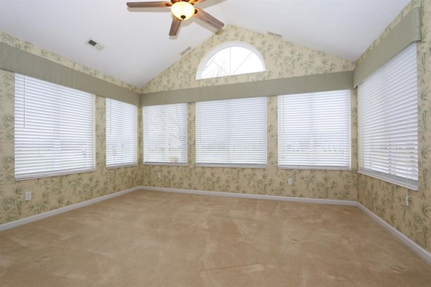 403 St. Andrews Cir , Day Heights, OH - USA (photo 5)