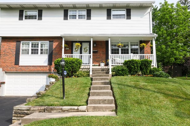 797 Evangeline Rd , Forest Park, OH - USA (photo 2)