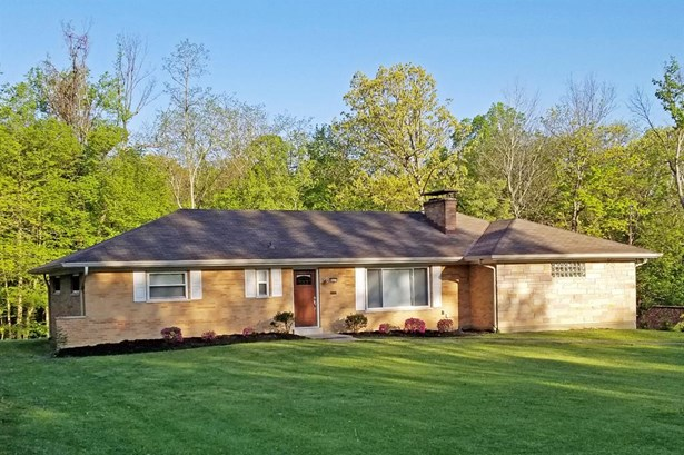 8625 Lynnehaven Dr , Amberley, OH - USA (photo 1)