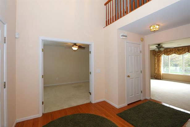 5914 Milburne Dr , Day Heights, OH - USA (photo 2)