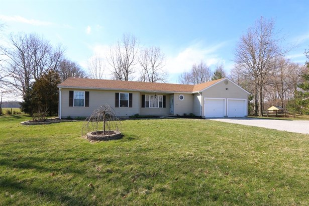 6219 Newtonsville Rd , Cozaddale, OH - USA (photo 1)