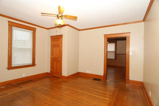 3330 Augusta Ave , Cheviot, OH - USA (photo 4)