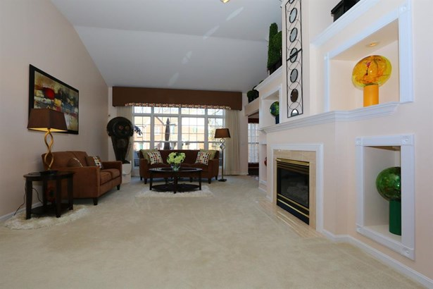 4239 St Andrews Pl , Blue Ash, OH - USA (photo 5)
