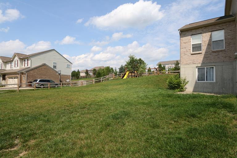 3430 Oak Spring Dr, Fairfield, OH - USA (photo 5)