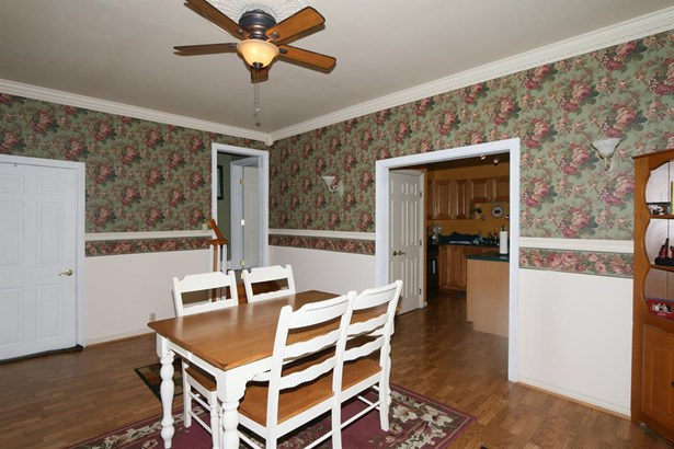 426 N Miami Ave , Cleves, OH - USA (photo 5)