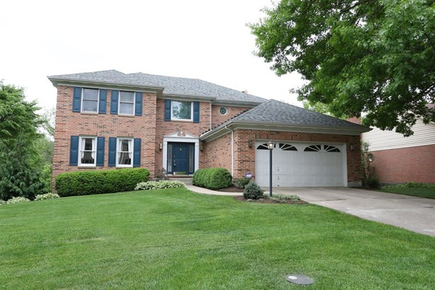 12160 Village Woods Dr , Sharonville, OH - USA (photo 1)