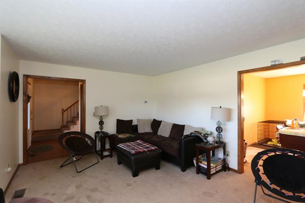 2852 Nettlewood Ln , Springfield, OH - USA (photo 3)