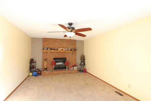 2852 Nettlewood Ln , Springfield, OH - USA (photo 5)
