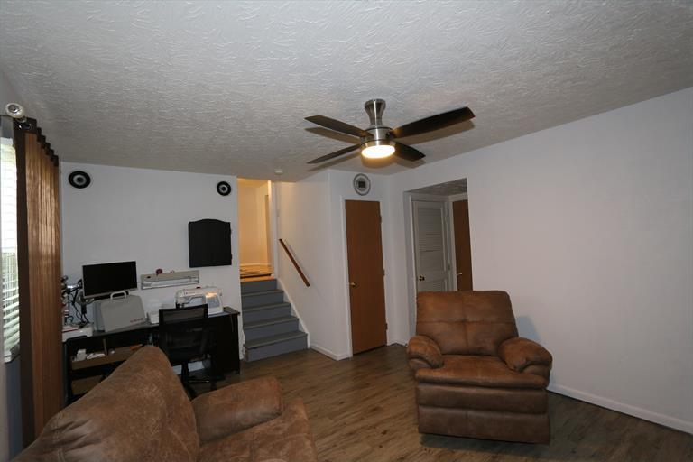 1559 Meadow Hill Ct, Florence, KY - USA (photo 3)
