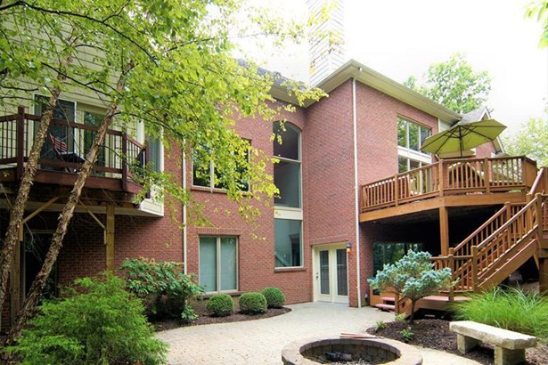 1042 River Forest Dr, Hamilton Twp, OH - USA (photo 2)