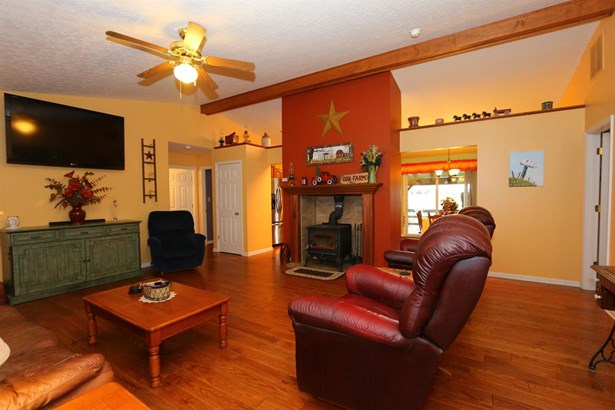 2072 Laurel Lindale Rd , Amelia, OH - USA (photo 3)