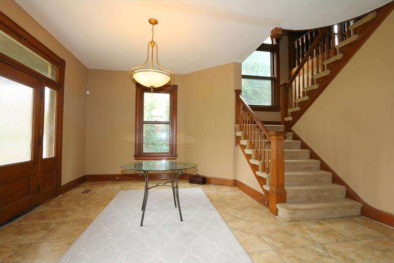 751 N Fred Shuttlesworth Cir, Cincinnati, OH - USA (photo 3)