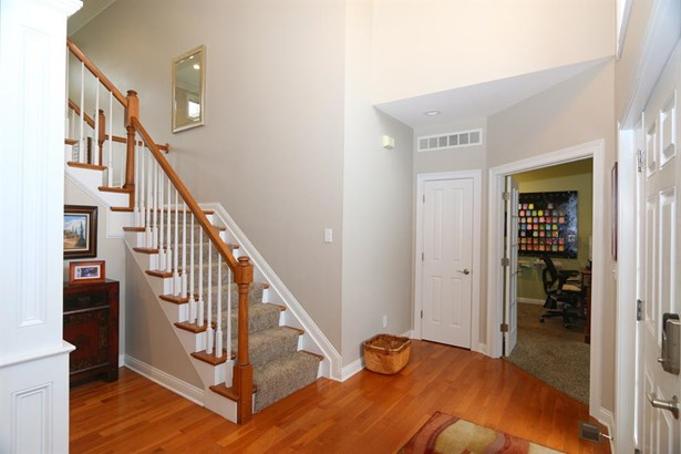 5814 Needleleaf Dr , Day Heights, OH - USA (photo 3)