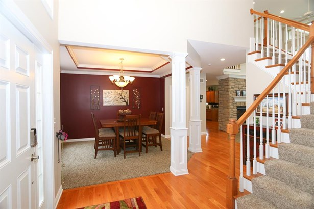 5814 Needleleaf Dr , Day Heights, OH - USA (photo 4)