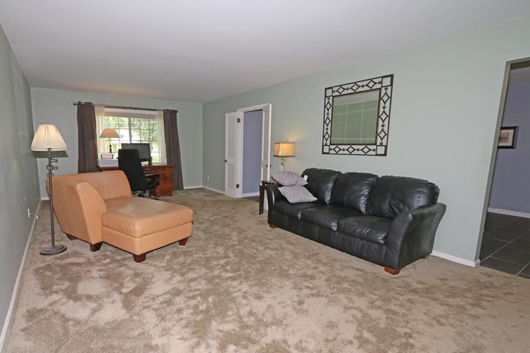 399 Circlewood Ln, Wyoming, OH - USA (photo 5)
