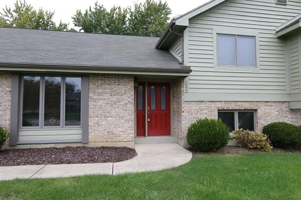 645 Burr Oak Dr , Tipp City, OH - USA (photo 2)