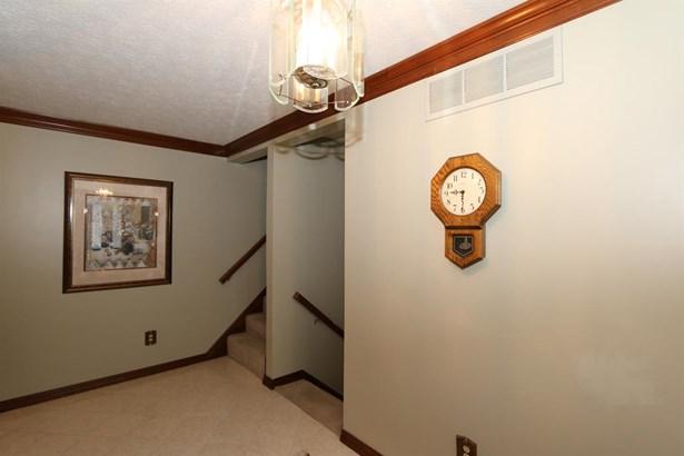 645 Burr Oak Dr , Tipp City, OH - USA (photo 4)