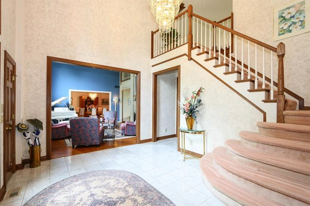 251 Sunny Acres Dr , Anderson, OH - USA (photo 2)