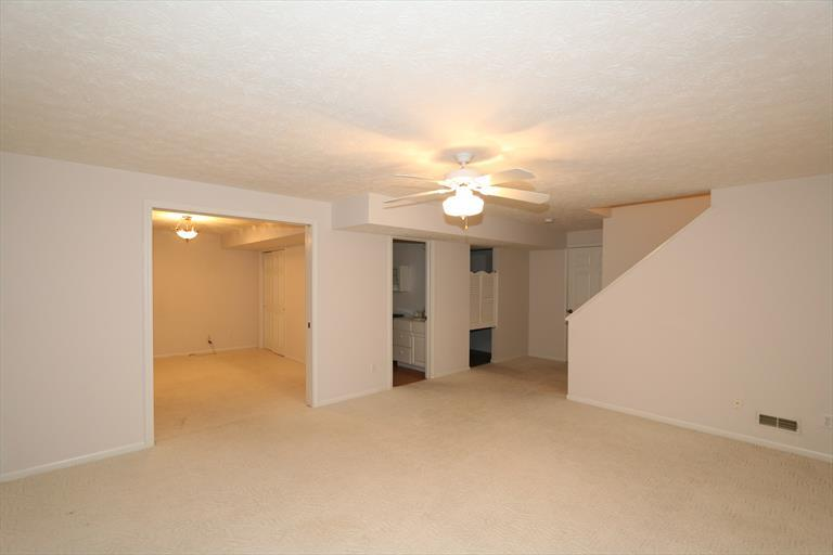 4931 Timberline Dr, Middletown, OH - USA (photo 2)