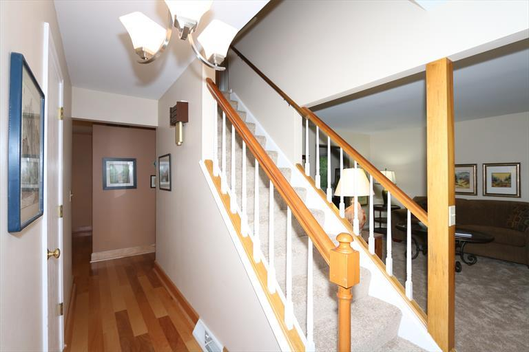 4 Timberview Ct, Highland Heights, KY - USA (photo 4)
