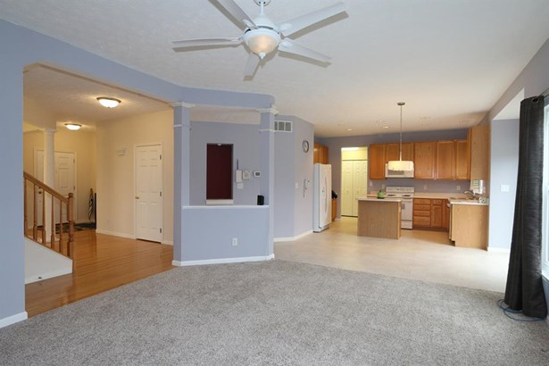 2281 Horseshoe Ct , Beavercreek, OH - USA (photo 4)