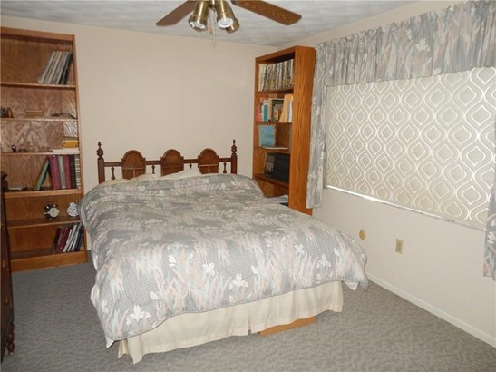 6760 Curtwood Dr, Tipp City, OH - USA (photo 5)