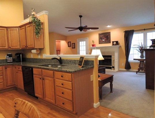 1564 Deerwoods Dr , Day Heights, OH - USA (photo 4)