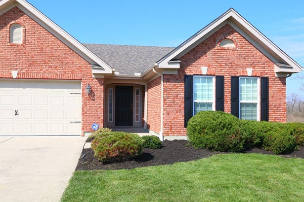 3279 Renaissance Blvd , Middletown, OH - USA (photo 2)