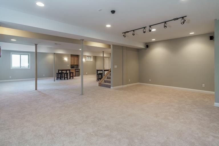 7916 Meadowcreek Dr, Anderson, OH - USA (photo 2)