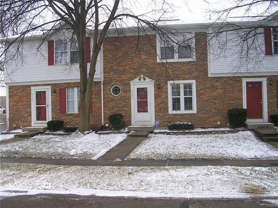 2143 Chapel Dr , Fairborn, OH - USA (photo 1)