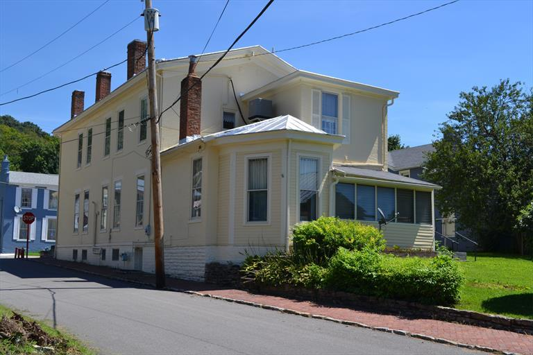135 N Second St, Ripley, OH - USA (photo 2)
