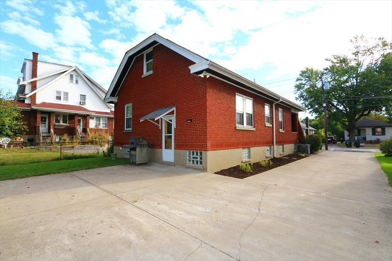 7227 Plainfield Rd, Deer Park, OH - USA (photo 2)