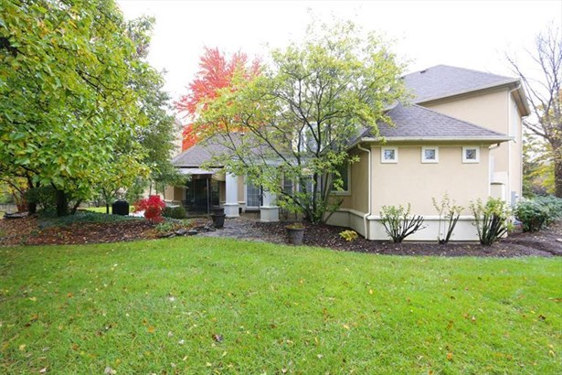 8067 Trotters Trail Ct, Sycamore Twp, OH - USA (photo 2)