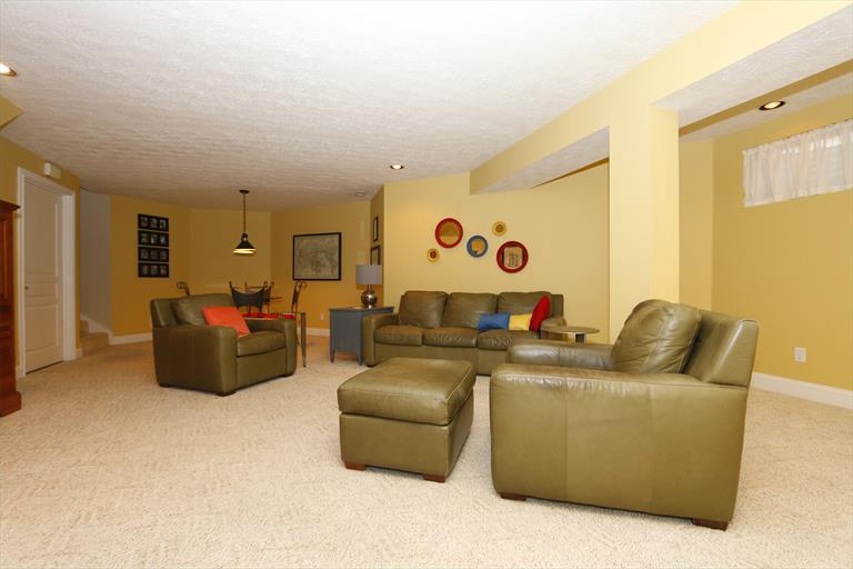 8067 Trotters Trail Ct, Sycamore Twp, OH - USA (photo 3)