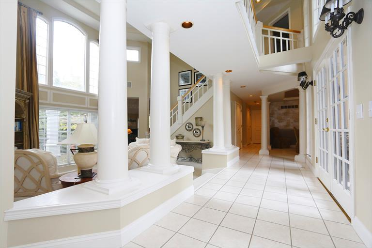 8067 Trotters Trail Ct, Sycamore Twp, OH - USA (photo 4)