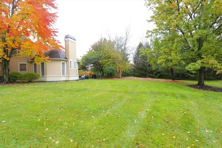 8067 Trotters Trail Ct, Sycamore Twp, OH - USA (photo 5)