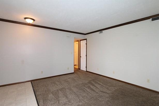 830 Ridge Rd , Englewood, OH - USA (photo 4)