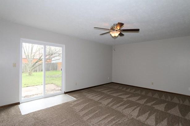 830 Ridge Rd , Englewood, OH - USA (photo 5)