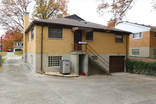 2845 Mt Airy Ave, Brookwood, OH - USA (photo 2)