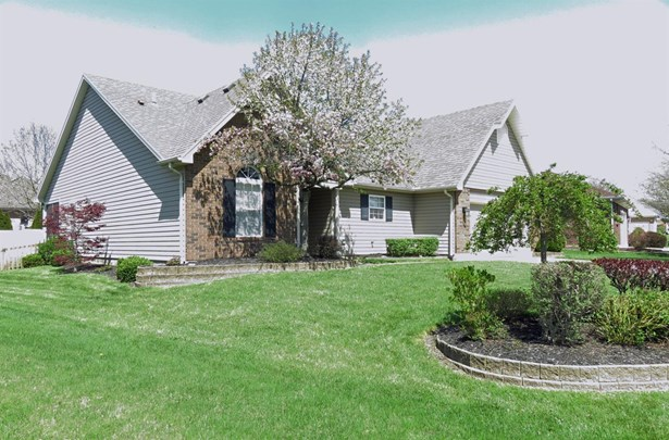 408 Cambridge Dr , Middletown, OH - USA (photo 1)