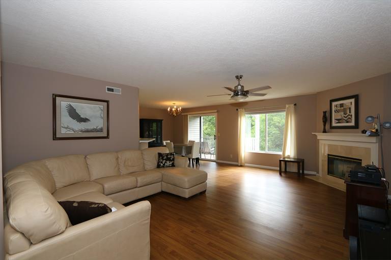 2111 Clareglen Ct, 203 203, Crescent Springs, KY - USA (photo 3)