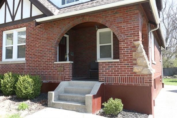3838 Kenker Pl , Cheviot, OH - USA (photo 2)