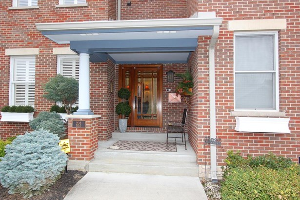 204 Robson Ln , Bellevue, KY - USA (photo 2)