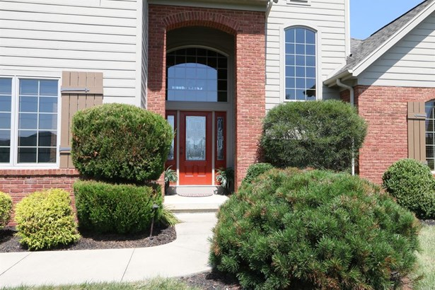 1035 Rosewood Creek Dr , Tipp City, OH - USA (photo 2)