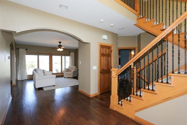 1035 Rosewood Creek Dr , Tipp City, OH - USA (photo 4)